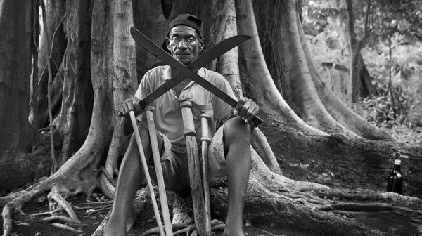 large-still-bw-papa-machete-EOFF2015